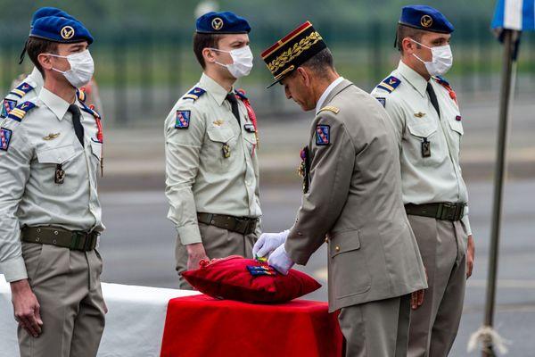 Les deux soldats ont été décorés à titre posthume