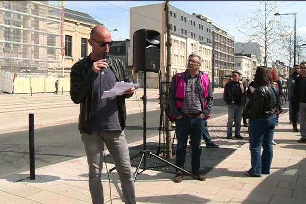 Rassemblement de soutien devant le palais de justice du Havre