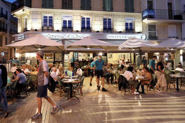 La reprise de l'épidémie inquiète les secteurs touristiques, explication avec des professionnels dans les Alpes-Maritimes.