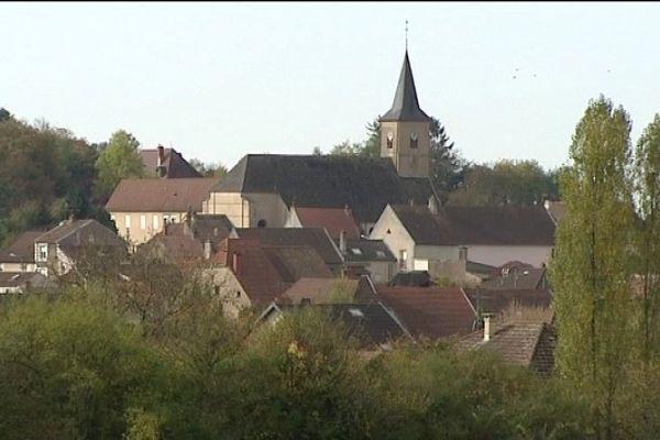 Le village de Champvans (39)
