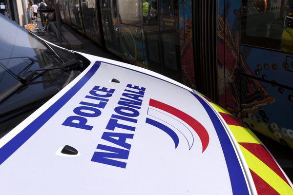 Une voiture de la police nationale, à Montpellier, dans l'Hérault (Photo d'illustration).