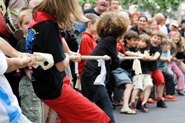 Au Pays basque, le tir à la corde fait partie des fêtes traditionnelles et ce, dés le plus jeune âge.