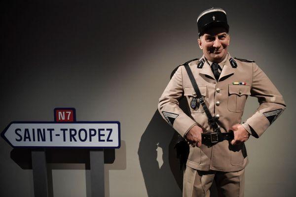 """Une statue de cire du musée Grévin en hommage au """"Gendarme de Saint-Tropez"""", présentée à la Cinémathèque dans le cadre de l'exposition consacrée à Louis de Funès."""