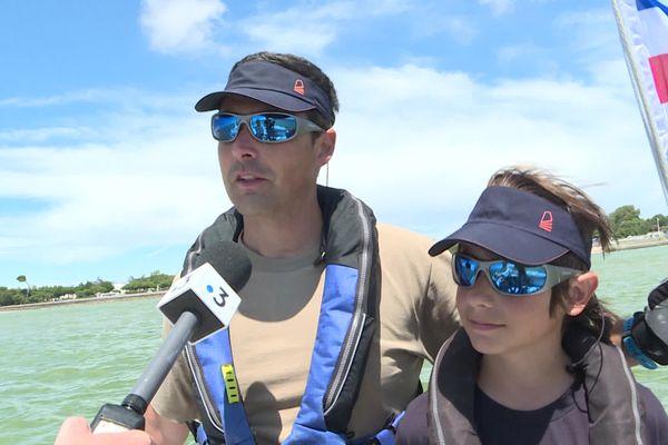 Florian et Loris Fargier, père et fils ont participé à cette épreuve à bord un mini 6'50. Pour cet équipage, c'est l'occasion d'apprendre les rudiments de la voile.