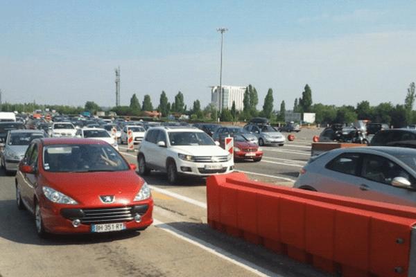 3500 véhicules transitent chaque heure par le péage du Palays.