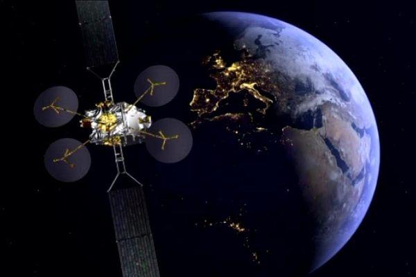 Ce satellite géostationnaire Konnect est le premier né d'une gamme à propulsion100% électrique.