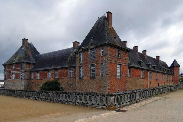 Dans l'Orne, le château de Carrouges conservera un ciel majoritairement nuageux avec des ondées, tout au long de ce mercredi.