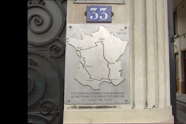 Lyon, première ville étape du premier tour de France ... en 1903. Une plaque commémore l'événement au 33 quai Arloing, dans le 9e arrondissement de Lyon. (image d'archive)