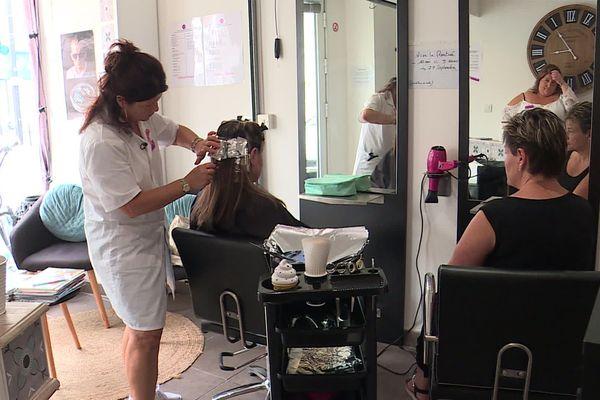 Un salon de coiffure et d'esthétique réservé aux revenus modestes, c'est l'idée de l'association beauté solidaire installée au Havre depuis quelques mois