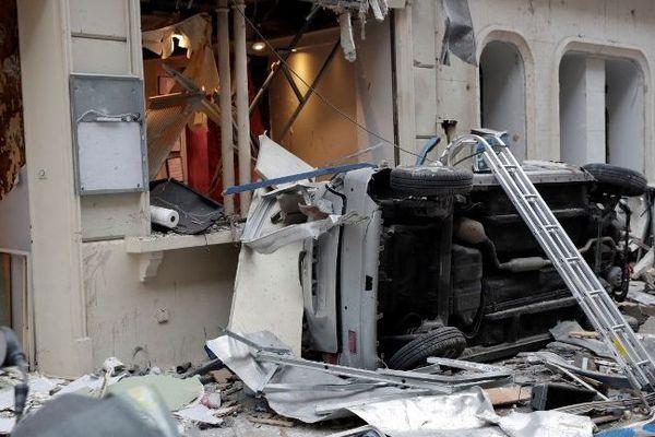 Des dégâts après l'explosion rue de Trévise (Paris IXe), samedi 12 janvier.