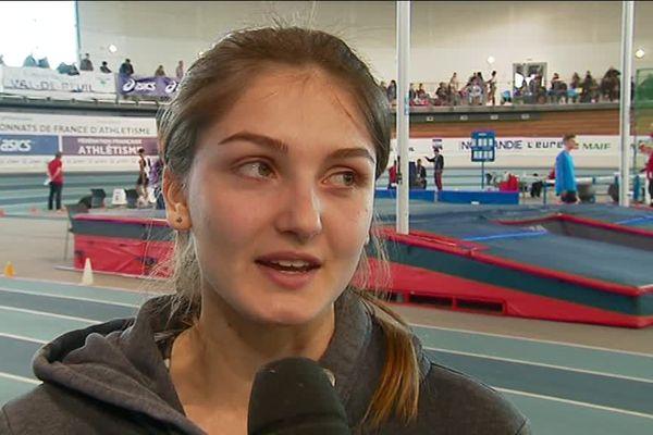Louise Greco termine 4e.