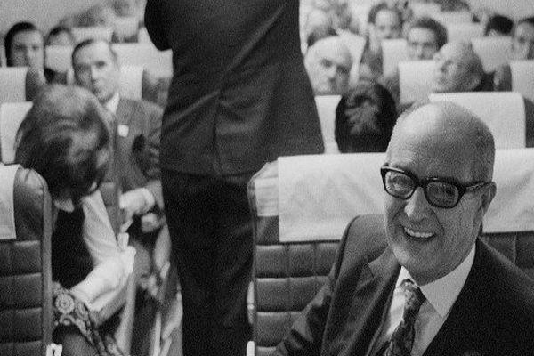 Robert Vergnaud en novembre 1971 à bord d'une Caravelle