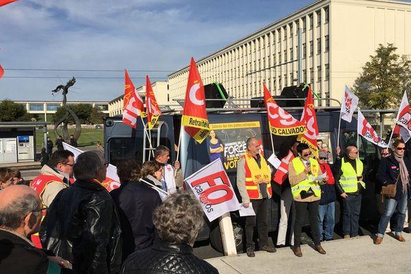 Manifestation intersyndicale à Caen à l'occasion de la visite de François Hollande (3/11/2016)