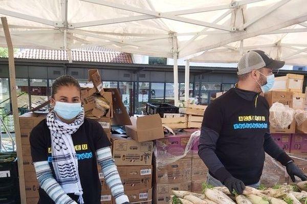Le collectif AC Lefeu organise des distributions d'aide alimentaire.