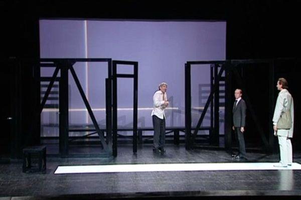 """""""L'Idiot"""" mis en scène par Laurence Andréini au théâtre d'Angoulême"""