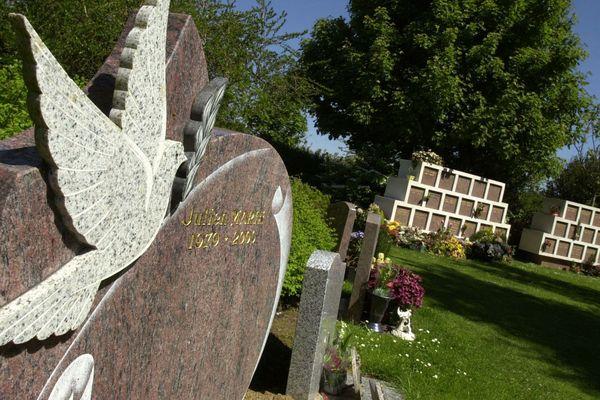 Les funérailles par crémation ont augmenté de 25% en dix ans.
