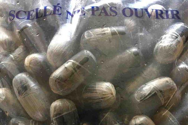 La gendarmerie de la Drôme a mis la main sur un vaste réseau de trafiquants de drogue, entre les Pays-Bas, la Guyane, la Drôme et l'Ardèche.