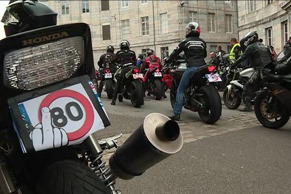 Les motards en colère, rue de la préfecture à Besançon