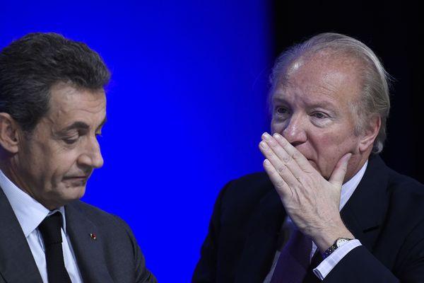 Nicolas Sarkozy et Brice Hortefeux visés par une enquête de l'Office central de lutte contre la corruption et les infractions financières et fiscales.