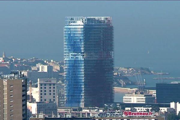 """La Tour """"La Marseillaise"""", conçue par l'architecte Jean Nouvel"""