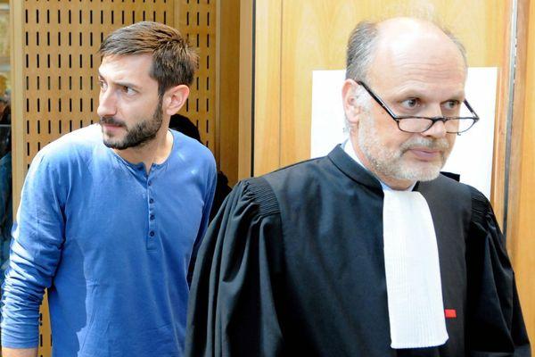 Me Frédéric Landon avec son client Dragan Gagic lors du troisième jour du procès