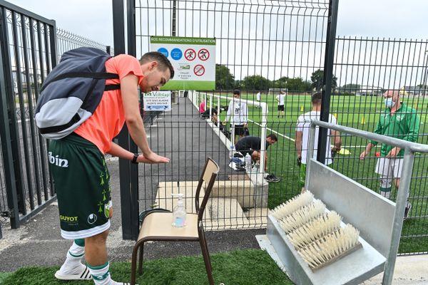 Les gestes barrières vont-ils suffire à maintenir le sport accessible ?