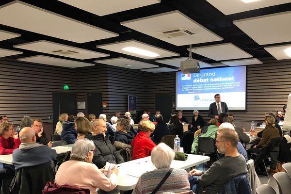 La municipalité d'Eaubonne a organisé 6 réunions publiques pour les citoyens qui souhaitaient participer au grand débat.