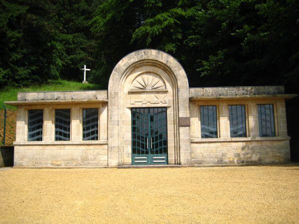 La crypte du camp de concentration nazi de Thil (54).