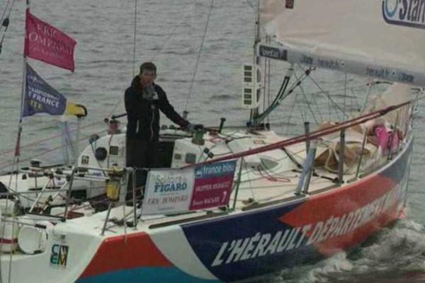 L'Héraultais Xavier Macaire sur son voilier Hérault