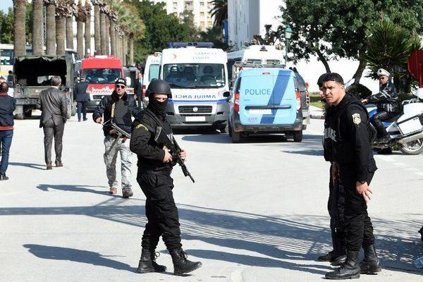 L'attaque terroriste a visé des touristes qui étaient en escale à Tunis pour visiter le musée du Bardo.