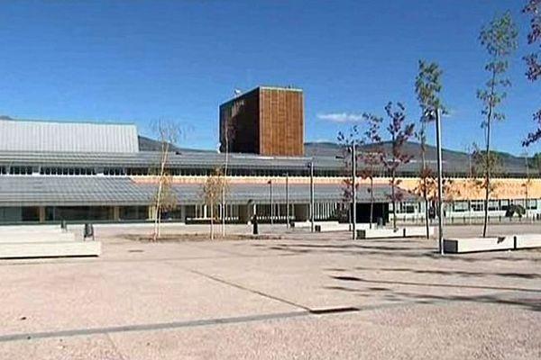 Les premiers patients sont arrivés à l'hôpital transfrontalier de Puigcerda.