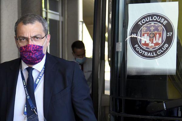 La commission de discipline de la LFP a suspendu le président du TFC Damien Comolli pour 6 matchs dont 2 avec sursis.