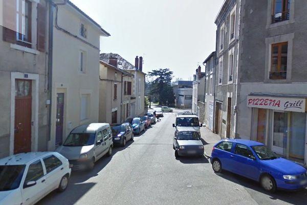 Les faits se sont produits jeudi 21 août au 2 rue Karl Marx à Saint-Junien