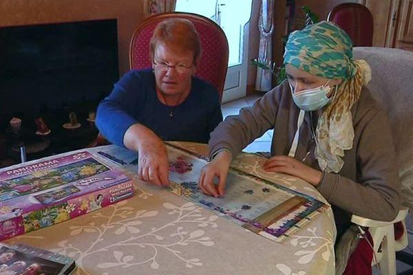 A 14 ans, Pauline est atteinte d'une leucémie depuis mars dernier.