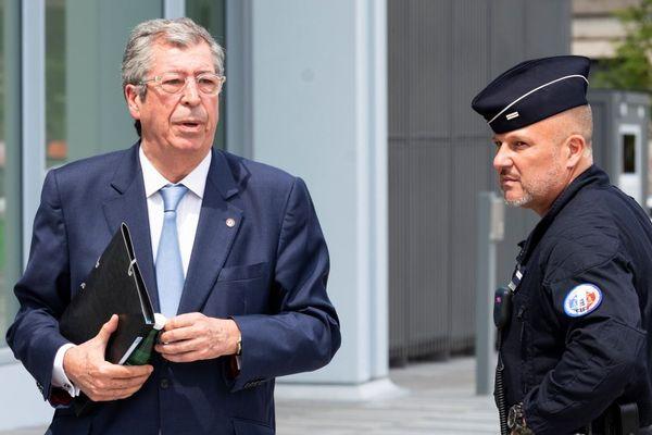 Patrick Balkany, maire de Levallois-Perret, à son arrivée au tribunal correctionnel de Paris le mercredi 22 mai.