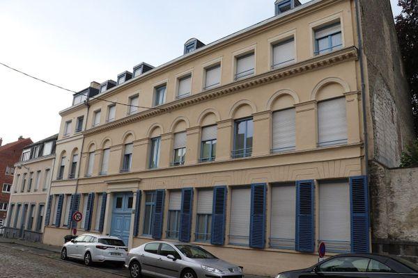 Le bâtiment de l'ancienne clinique Stérin, à Saint-Omer, d'où s'évada Douglas Bader en août 1941.