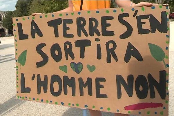 Pancarte des lycéens manifestant pour le climat à Nîmes le 20 septembre 2019