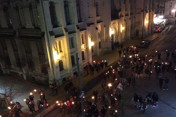 Retraite aux flambeaux à Angoulême contre la réforme des retraites