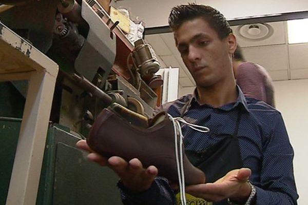 Gianluca Picciolo est venu en Alsace pour trouver une clientèle pour ses chaussures sur mesure