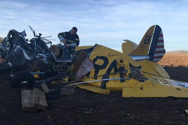 L'accident s'est déroulé aux alentours de 14 heures, dimanche 23 février, au niveau de Beaulieu, dans le Puy-de-Dôme. Un avion s'est écrasé dans un champ. Deux personnes sont décédées sur le coup.