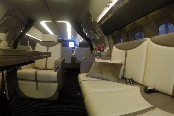 La cabine d'un boeing 757 réaménagée par JCB Aéro à Auch.