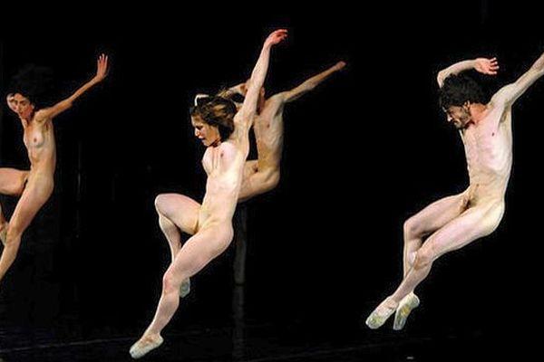 """""""Hell"""" d'Emio Greco et Pieter C.Scholten - Avignon 2008"""