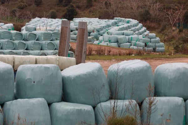 Illustration. Des déchets emballés et stockés sur le site de Saint-Antoine, à Ajaccio.