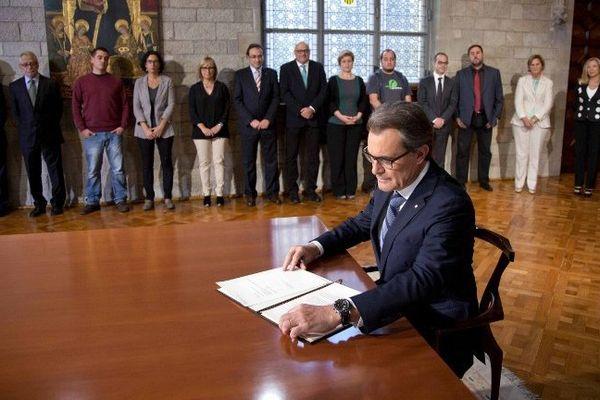 Des élections anticipées en Catalogne pourraient provoquer la chute d'Artur Mas actuellement président de la région. Barcelone septembre 2014.