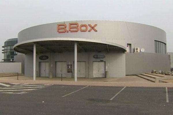 La discothèque B-BOX devra rester portes closes jusqu'au 18 avril. Photo France3.