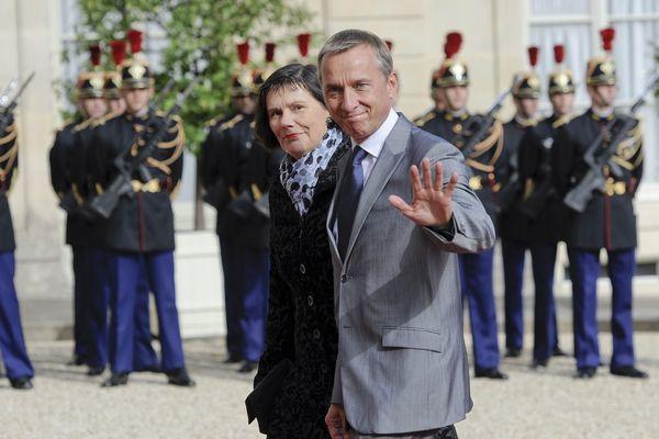 Le maire de Tulle, Bernard Combes, arrive à l'Elysée pour assister à la passation de pouvoirs entre François Hollande et Nicolas Sarkozy, 15 mai 2012
