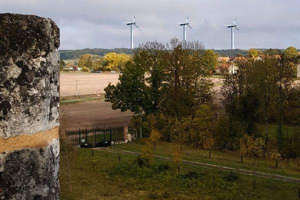 photomontage de la vue depuis la Tour-Forteresse de Monthoiron si le projet se réalise