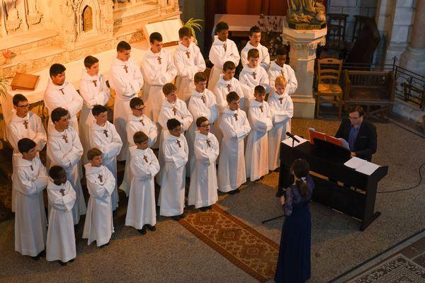 La chorale des Petits chanteurs doit annuler ses tournées prévues en raison de l'épidémie de Covid-19.