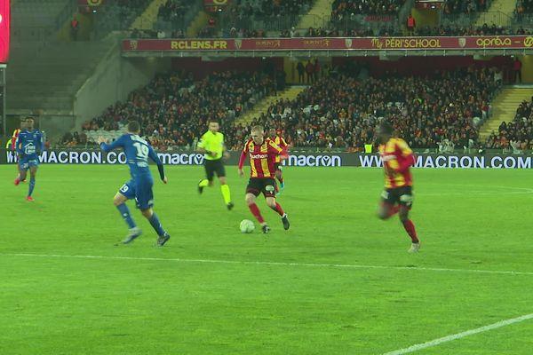 Les Lensois ont battu Troyes au Stade Bollaert-Delelis.