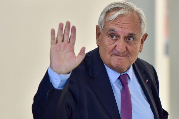 Jean-Pierre Raffarin démissionne officiellement de son mandat de sénateur de la Vienne ce mardi 3 octobre.